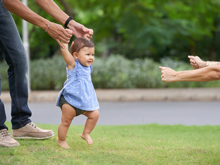 Особености в прохождането при децата между 1 година и 18 месеца