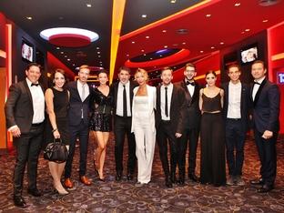 """Диляна Попова и Асен Блатечки отидоха заедно на премиерата на """"Завръщане"""""""