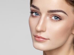 4 натурални грижи за растеж на веждите