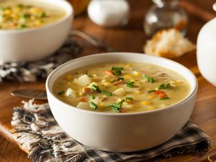 Супа с картофи, бекон и кашкавал