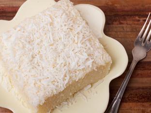 Лесна торта с ванилия и кокос
