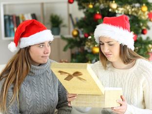 Топ 5 на най-омразните подаръци за Коледа