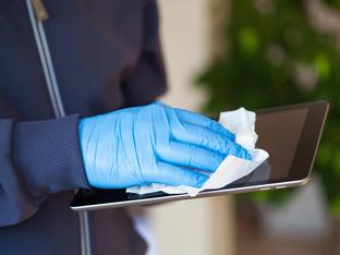 Грешки, които да не допускате с антибактериалните мокри кърпи