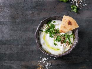 Ливанско лабне с подправки