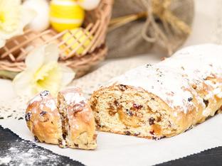 Козуначен кекс със сушени плодове и ром
