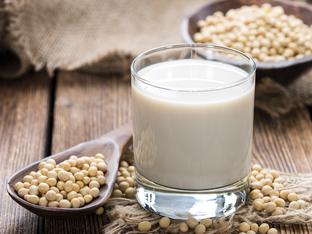 Полезно ли е соевото мляко?