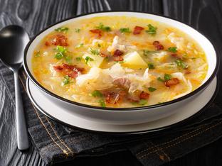 Ирландска супа с бекон и зеле
