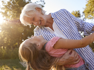 6 добри причини детето да е с баба и дядо през лятната ваканция