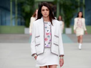Chanel представи круизната си колекция