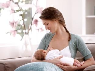 Приема ли бебчето ви достатъчно мляко?
