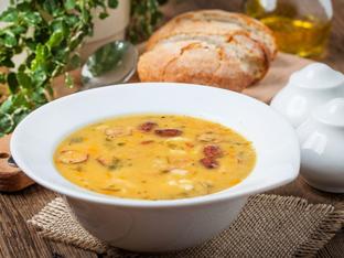 Супа с бекон и червена леща