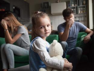 Знаци, че сте израснали в токсично семейство
