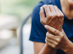 Лоши навици и обстоятелства, които влошават ревматоидния артрит