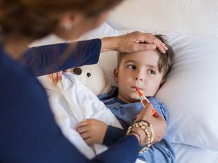Първият ден от болничния ще се плаща за болно дете, въпреки промените