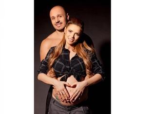 Певицата Магда роди момиченце