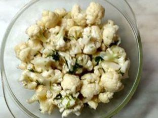 Свежа есенна салата от пресен карфиол