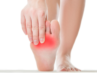 За какви здравословни проблеми подсказват краката ви?