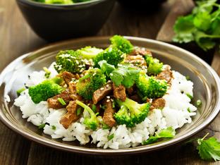 Телешко с броколи по азиатски