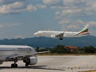 """Въздушни HEPA филтри и маски на борда – част от мерките на """"България Еър"""""""