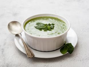 Супа със спанак и кисело мляко за силен имунитет