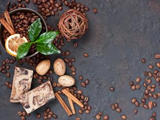 Рецепти за маски и скраб с кафе за перфектна кожа