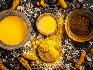 Как да ползвате куркумата за здрава и красива кожа