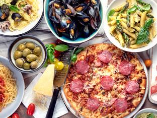 Печени спагети във форма на пица пеперони
