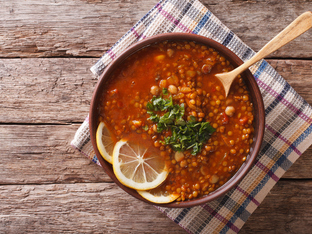 Мароканска пикантна супа от леща