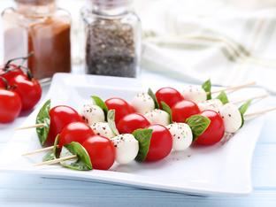 Шишчета с домати и моцарела