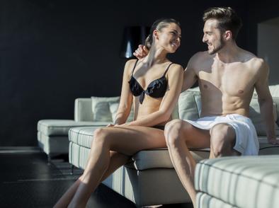 Защо сексът срещу огледало е толкова възбуждащ?