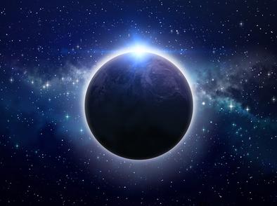 Пълнолуние и лунно затъмнение на 5 юни – какво ни очаква