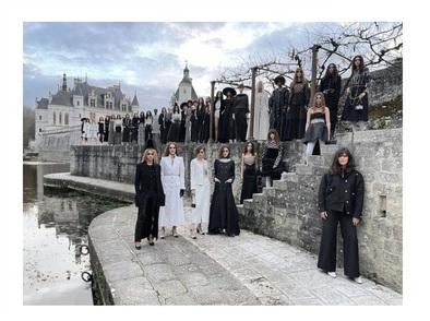 CHANEL представи колекцията си в замъка Шенонсо