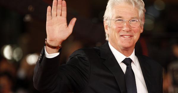 Той е един от най-чаровните холивудски актьори, който преди години
