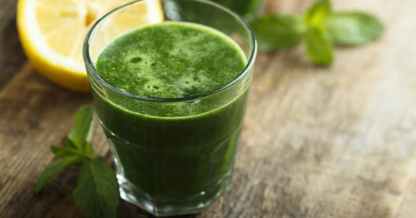 Зелените зеленчуци и плодове са символ на изобилие от фибри,