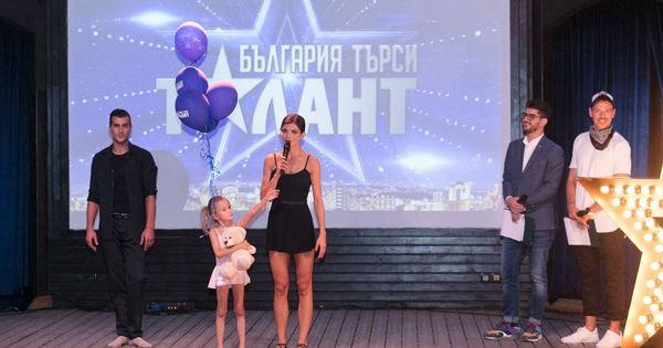 """Броени дни преди старта на """"България търси талант"""" звездното жури"""