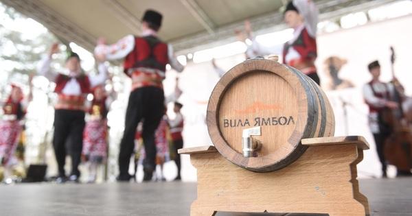 """Празникът на виното, който """"Вила Ямбол"""" организира за трета поредна"""