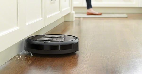 Снимка: Модерните жени вече не се занимават с чистене на пода