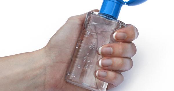 Снимка: Хитри употреби на дезинфекциращия гел за ръце