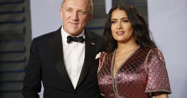 Снимка: Салма Хайек и Франсоа-Анри Пино даряват 100 милиона евро за Нотр Дам