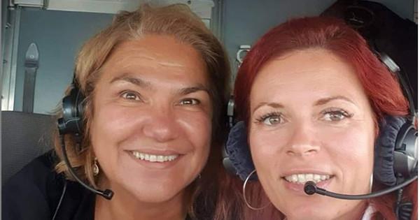 Мартина Вачкова се похвали със селфи от пилотската кабина, което