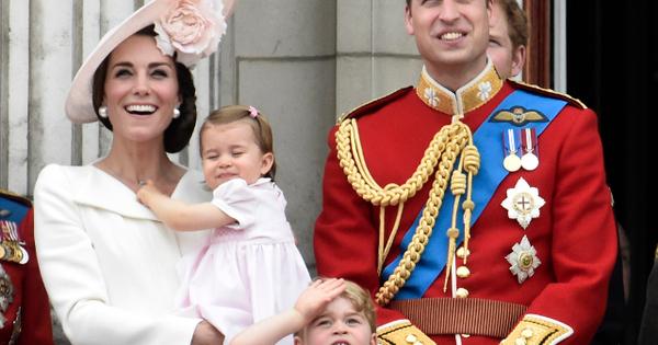 Кейт Мидълтън и принц Уилям станаха родители на момченце, съобщи