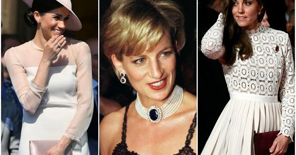 Дамите от английския кралски двор са известни със своя безупречен