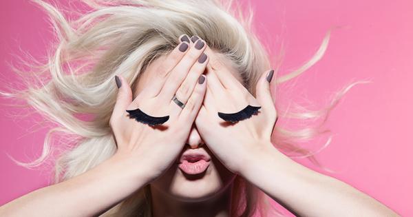 Снимка: Натурални грижи за вашите мигли