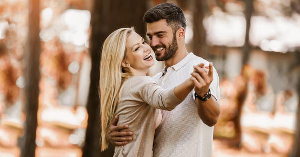 Любовта поражда красиви чувства. Искате да ги изразите и да
