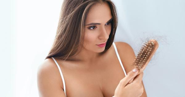 Загубата на коса е проблем както на мъжете, така и