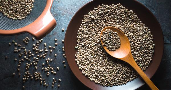 Конопеното семе е изключително полезно, тъй като е наситено с