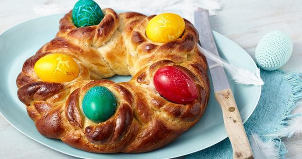Снимка: Великден. На конци и с шарени яйца