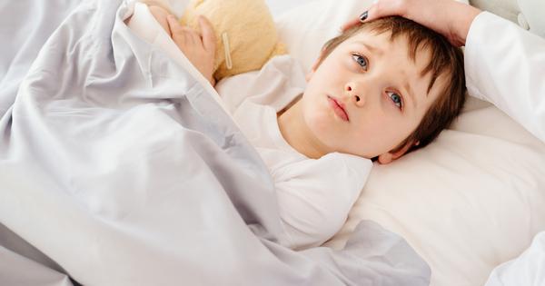 Когато детето ни е болно и има висока температура, това