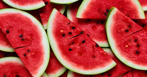Плодовете са изключително полезен и незаменим източник на витамини, минерали,