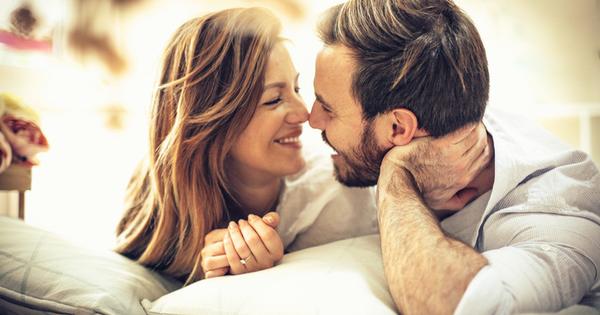 Що се отнася до влюбването, както жените, така и мъжете